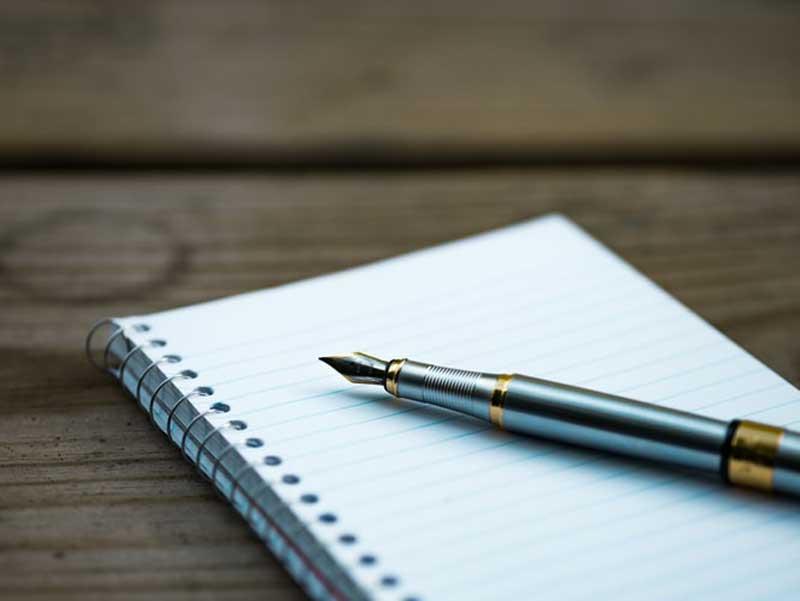 boutiquedecriture.com/comment-ecrire-son-premier-roman