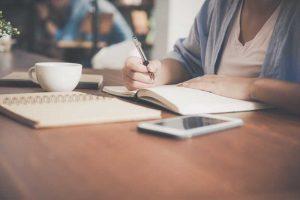 Cours d'écriture en ligne : tout savoir pour apprendre à écrire un roman
